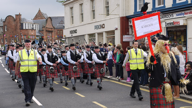Pipe-band-2
